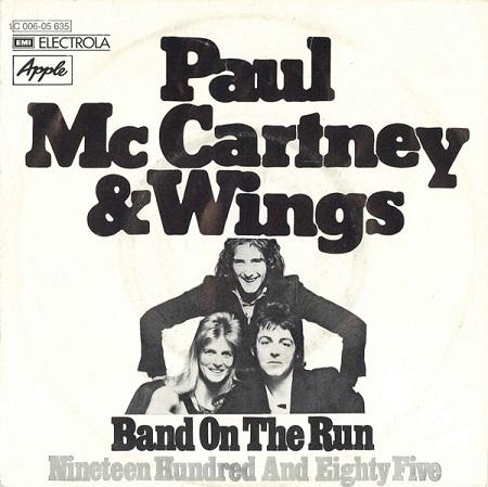 paulmccartneyandwingswings-bandontherun